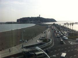 写真は湘南Ustのある5階からの景色です