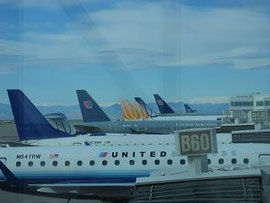 デンバー国際空港/ Denver International Airport