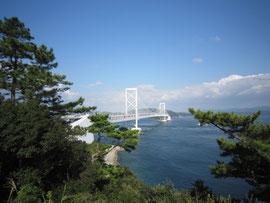 鳴門大橋 徳島県側より淡路島を望む