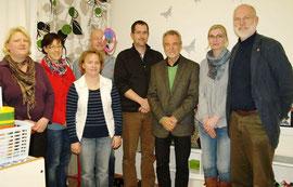 Versammlungsmitglieder (v.re.): Gerhard Boll, Regina Lau, Reinhold Bößer,        Nils Ehlers, Andreas Faust, Meike Lüdecke, Christina Endres und       Christin Rühmann.