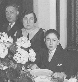 Alfred, Marcelle et leur fils Henri pour sa Bar Mitzvah en 1934