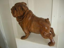 Bulldogge Holzskulptur