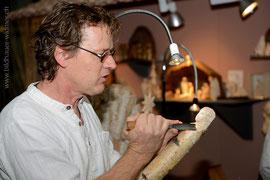 Paul widmer, Bildhauer Uetliburg SG beim Showschnitzen im Gartencenter Meier in Dürnten