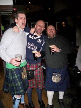 Il y avait eu un match Irlande-Ecosse ce jour là... qui à gagné? Tout le monde!