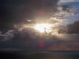 derière les nuages, se cache le soleil... ;)