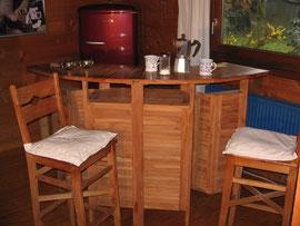Teakholz-Bar für innen und aussen