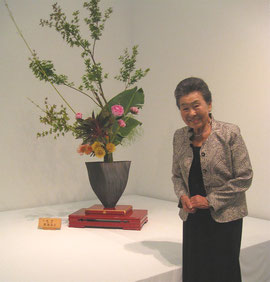 LA日米文化開会にて華展 新橋和子さん