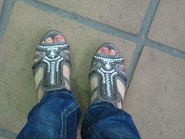 靴は出会いだと思っています。笑
