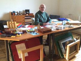 Marc PETIT dans son atelier