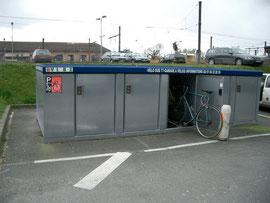 le velobox sur la place de la gare