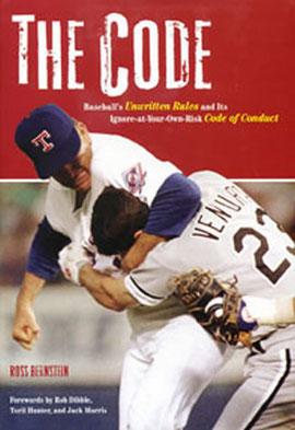 """La copertina di """"The Code"""" un libro di Ross Bernstein (272 pagine) sul codice di comportamento nel Baseball"""