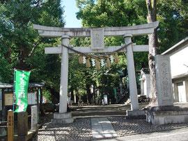 雪ヶ谷八幡神社の一の鳥居