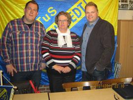 von links nach rechts: ehemaliger 2. Vorsitzender Lars Röthig, ehemalige Schriftführerin nach 22 Jahren (!) Margot Hoferichter und der 1. Vorsitzende Heiko Wisser