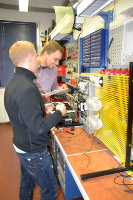 Prüfungsvorbereitung zur Elektrofachkraft für festgelegte Tätigkeiten!
