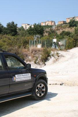Surveillance par satellite de la solfatare à Pozzuoli