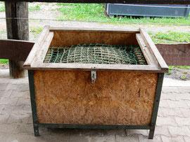F tterung pfinzgauranch for Boden heuraufe pferd