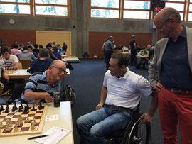 Eine grosse Ehre für mich! Silvano Beltrametti begrüsst mich vor der 8. Runde!