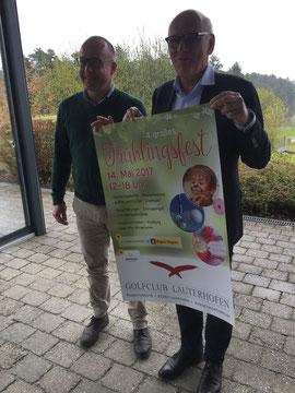 Guido Hoferer, von links Andreas Fersch, Gesamtleiter Regens-Wagner-Stiftung Lauterhofen, Wolfgang DIetzler, Präsident des Golfclub Lauterhofen e. V.