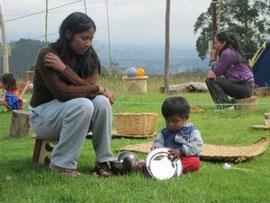 Respektvoller Umgang zwischen Eltern und Kindern © Iris Moser