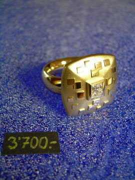 Bild:Ring,Gelbgold750,18kt,Diamant,Carré-Princess Schliff