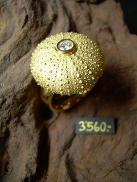 Bild:Ring,Gelbgold750,18kt,Brillant,Seeigel