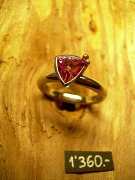 Bild:Ring,Weissgold750,18kt,Turmalin,pink,rosa,Handarbeit,Unikat