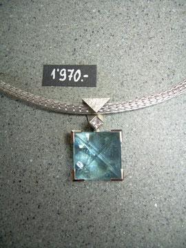 Bild:Halsschmuck,Anhänger,Weissgold750,18kt,Aquamarin,Pyramide,Diamant,carré-princess,Handarbeit,Unikat
