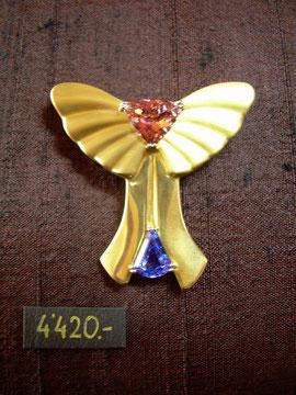 Bild:Ansteckschmuck,Brosche,Gelbgold750,18kt,Frieden,Symbol,Tansanit,Turmalin,lachs,Handarbeit,Unikat
