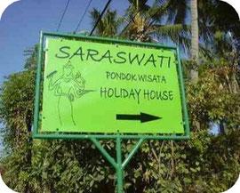 Strassenschild vom Saraswati Holiday House