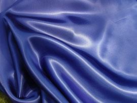 Hochglänzende Viskose in blau