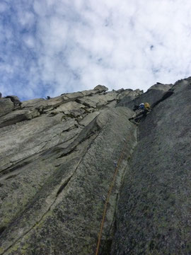 2. Seillänge, Alpenliebe, Teufelstalwand, klettern, Andermatt