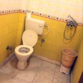 シャワー‥これシャワーとトイレ