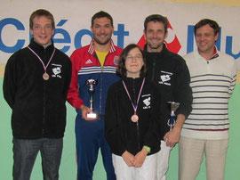 nos 4 médaillés avec le trésorier du club