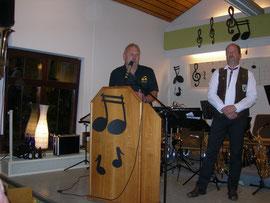 Peter Scheid gratuliert im Namen des Fanclubs