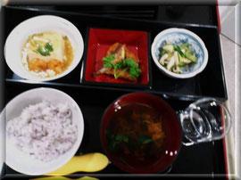 手作りのお昼です