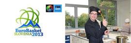 Das Logo des Basketball-EM 2013 und Tom Kleine mit Kochmütze