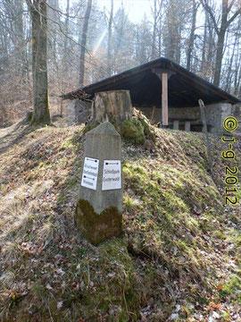 Schutzhütte auf dem Pass