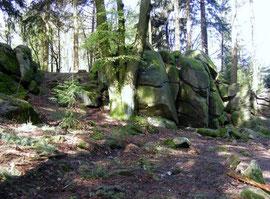 Der Wildeleutestein - eine Felsenburg