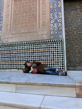 一番見たかった場所!アルハンブラ宮殿。世界遺産で昼寝は最高~♪