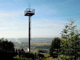 Le phare pour assurer les premiers vols de nuit en 1927 (Montferrand/Aude)