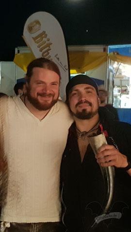 (v.l.) Alea (Saltatio Mortis) und CorviNox auf der 1. Trierer Nacht der Spielleute 2018