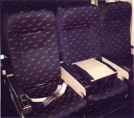 MD-87 mit heruntergeklappter Sitzlehne/Courtesy: Iberia