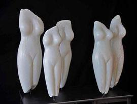 Frauen Power Speckstein Skulptur