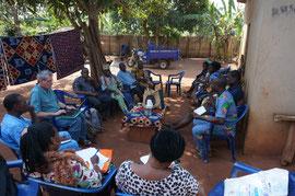 Abschlussbesprechung mit allen beninischen Projektbeteiligten