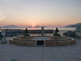 人魚の像の夕日(マーメイドテラス)