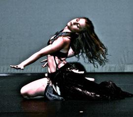 Modern oriental dance performance