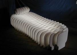 PAPIER-art ART-papier, Kunstobjekte aus Sperrholz, weiß lakiert, beleuchtet, Harald Metzler, Mattsee, Österreich