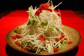 カリカリ梅入り水菜と大根サラダ