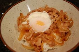 生姜焼き玉丼