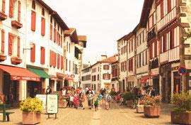 Un village d'opérette: Espelette